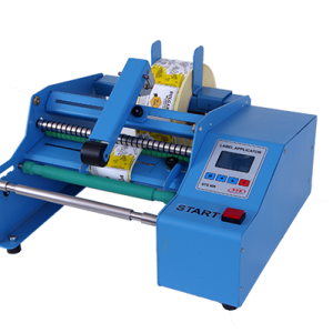 Етикетираща машина STS808